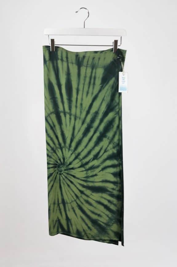 Sea-Me-Happy-tiedye-wrapskirt-zwart-khaki