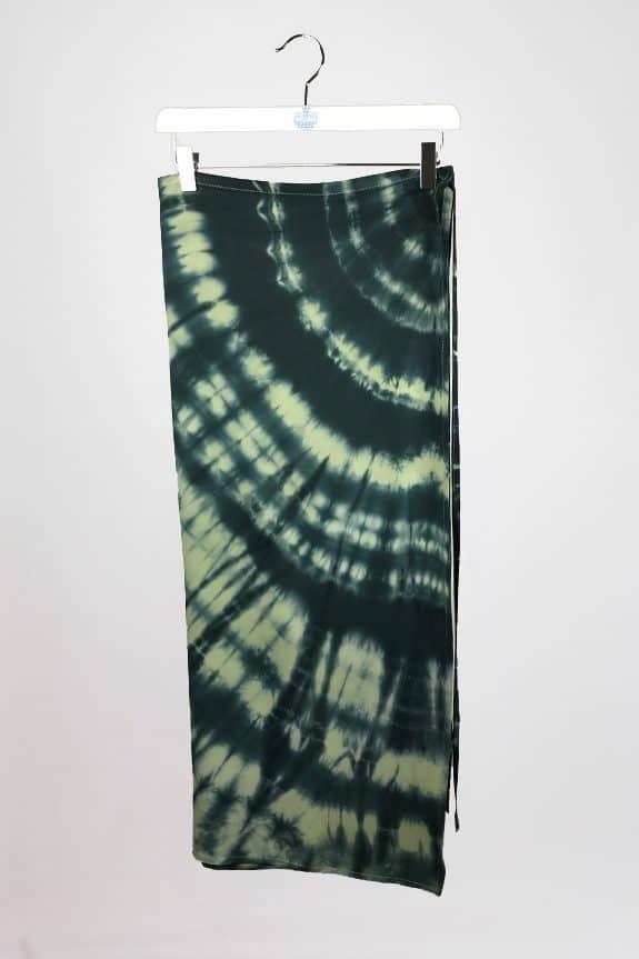 SeaMeHappy-crop-top-ensemble-khaki2-wrapskirt