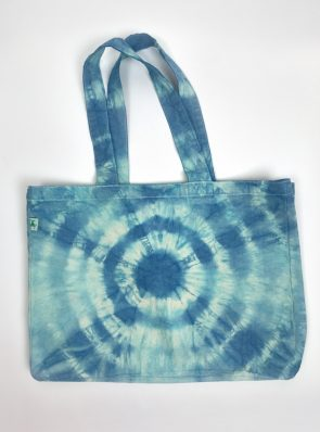SeaMeHappy-tie-dye-beachbag-ocean-blue-BB031