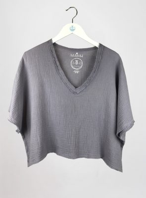 Sea Me Happy Fiji Top lavender, loose fit, 100% cotton, no ironing.