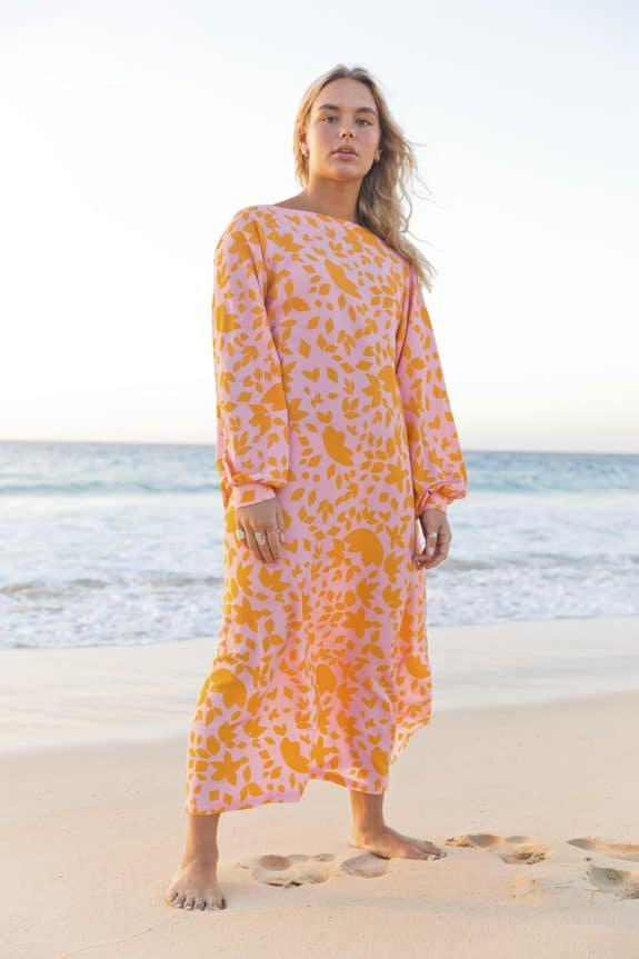 Sea Me Happy Noosa Dress Flowers orange/pink