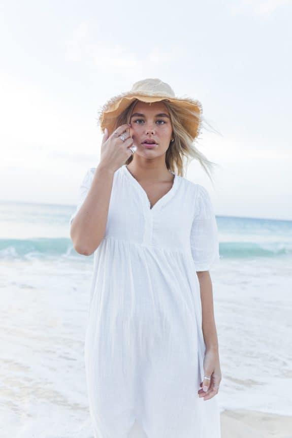 Detail Sea Me Happy Byron Dress white, made in Belgium, 100% cotton