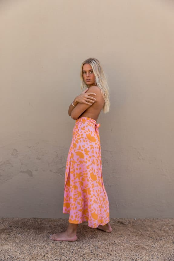 Sea Me Happy Noosa wrap skirt orange-pink, close-up