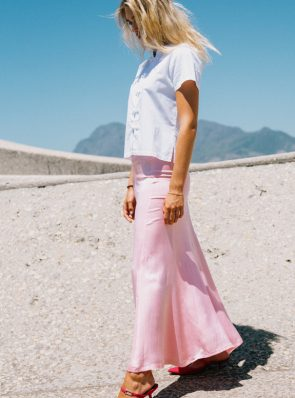 Sea Me Happy Lotus top cotton white and Hanoi skirt rose.