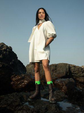 Sea Me Happy Twiggy short dress corduroy ecru