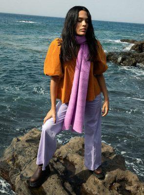 Sea-Me-Happy-Twiggy-Top-70s-tumeric-Woody-Pants-Paperstretch-lila-Wavy-berry-1